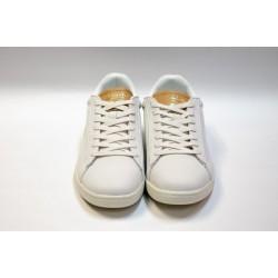 Zapatillas Carnaby  Nobuk blancas Lacoste